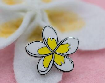 White and Yellow Plumeria Tropical Hawaiian Lei Flower Hard Enamel Pin