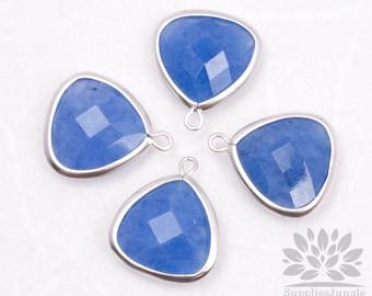 F105-02-MS-BA / / Matt Silver Plated encadré bleu Avanturine Quartz Pierre pendentif, 2Pc