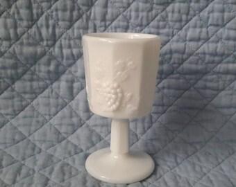 Westmoreland ''Paneled Grape'' Milk Glass Wine Goblet ( c.1960)
