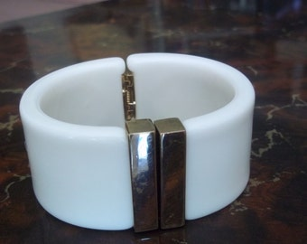White Plastic Hinged Cuff