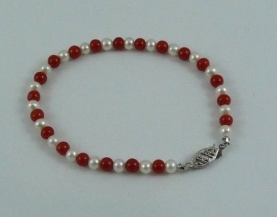 Freshwater White Pearl and Italian Coral Bracelet with 14k White Gold Clasp 7""
