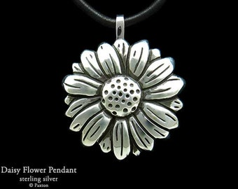 Daisy Flower Pendant Necklace Sterling Silver