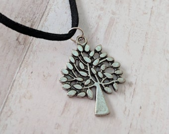 Tree necklace, pendant necklace, tree of life necklace, gardener gift, gardener necklace, gift for her, woodland necklace,
