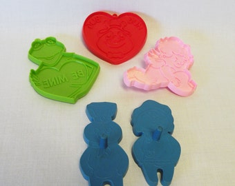 Vintage Cookie Cutters, Old Cookie Cutters, Pastry Cutters, Holiday Cookie Cutters, Plastic Cookie Cutters