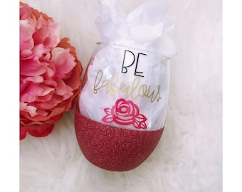 Be Fabulous Floral Stemless Glitter Wine Glass // Stemless Wine Glass // Glitter Glass // Be Fabulous // Glitter Dipped // Glitter cup