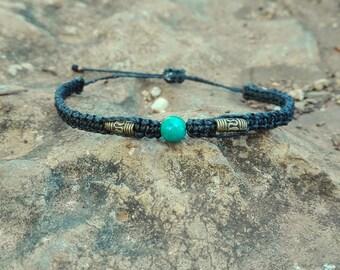 Thin bracelet macrame chrysocolla stone