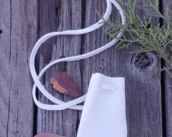 White medicine bag , Deerskin neck pouch ,  White leather necklace bag