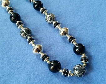 Vintage Black and Silver Beaded Necklace, long necklace vintage necklace, vintage plastic beads, crackle beads, silver and black