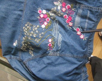 Embroidered jean jacket size 6