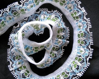 Vintage delicate white blue green lace trim two yards 6/8 wide
