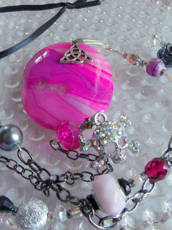 Hot pink scull sun catcher - rhinestone --agate  - dorm room decor - teen girl gift -  oval wall art- rear view mirror -  bay  window