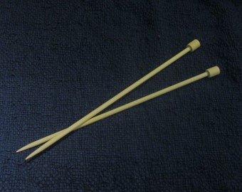 12mm x 55cm (US 17) Giant Knitting Needles, Handmade and Wooden