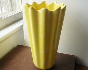 Vintage Shawnee Yellow Splatter Glaze Vase