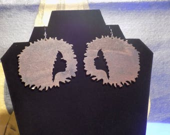 Brown wood afro ladie earrings