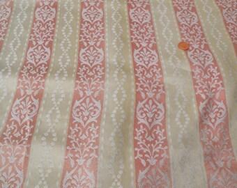 Splendid Vintage single Curtain – Cream & Pink stripe Fabric. Retro