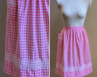 Vintage 1950s 50s 50's rockabilly pinup white pink cotton gingham half waist apron pocket hand embroidery kitchen cooking