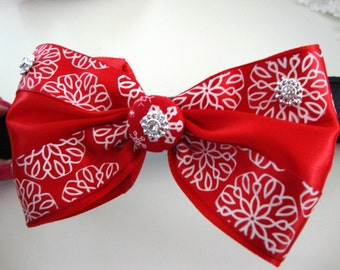 Santa Paws Red Bow Tie Dog Collar Large
