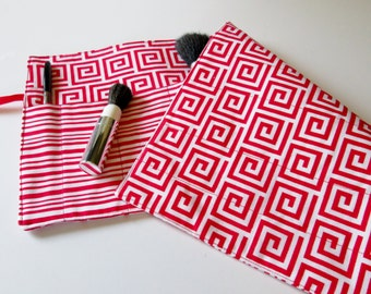 Makeup Brush Roll Organize - Teacher Gift - Handmade Brush Storage - Artist Brush Roll - Craft Storage - Red and White