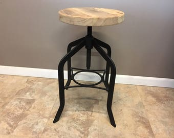 "30"" Reclaimed Wood Bar Height Stool with Swivel Seat 