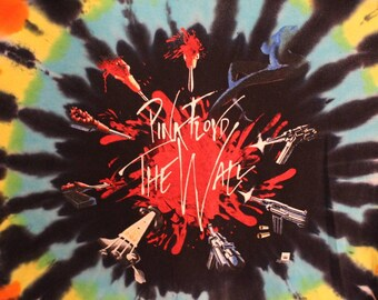 "2001 Pink Floyd ""The Wall"" Tie Dye T-Shirt"