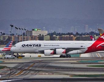 digital download Quantas jumbo jet color photo