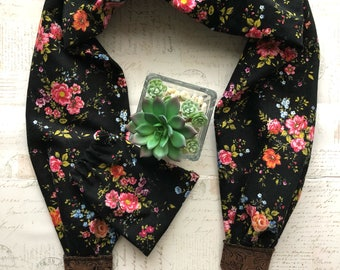 Scarf Camera strap, vintage floral Camera strap & Matching lens pouch