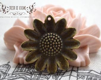 Set of 8 QZW046 charms, Bronze, flowers
