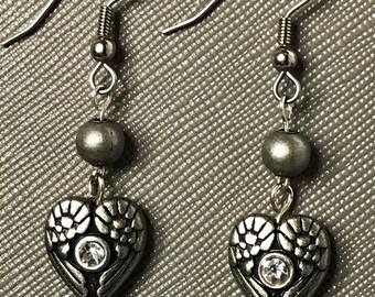 wing heart earrings