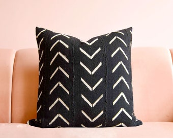 African Mudcloth, Boho Accent Pillow, Mudcloth Pillow, Black Mudcloth, Mudcloth Cushion, Tribal Pillow, Mudcloth Pillow Cover, Throw Pillow