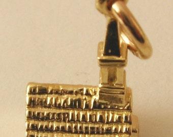 Genuine SOLID 9ct YELLOW GOLD 3D Church Wedding charm pendant