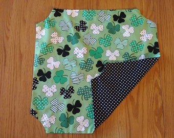 Shamrocks and Polka Dots Bread Basket Liner