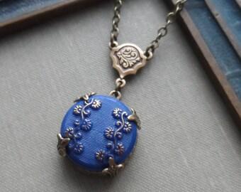 Ginkgo, Vintage German Glass Button Necklace