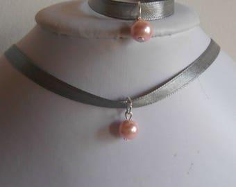 Adult/child gray satin ribbon and pink pendant wedding set