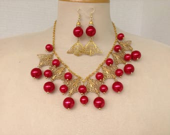 Filigree and red pearl necklace and earring set