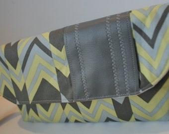 Wristlet Purse, Wristlet Clutch Bag, Handmade Fabric Wristlet, Catey Bag