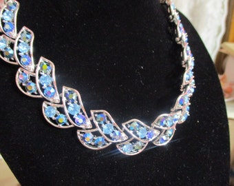 Vintage Rhinestone Necklace-GORGEOUS-Simple Elegance-Couture-Wedding-Prom