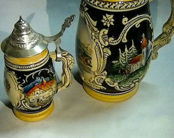 Set of two old ceramic Bierkrügen 1x small, 1x large
