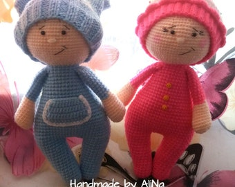 "TO ORDER ! Little baby boy and girl in cap ""cake"" (23 cm)"