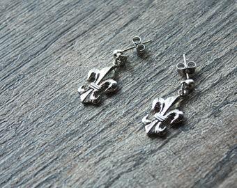 Vintage Silver Plated Brass Fleur De Lis Earrings // Vintage 1960s Fleur De Lis Pendant // Stud Back Earrings