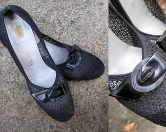 1940s Black Shoes / 40s Black Mesh Shoes / Red Cross Shoes / Size 7.5 Narrow