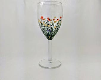 Wildflower Wine Glass Flower Glass Spring Decor Daisy Flowers Black Eyed Susan for Mom Mothers Day Present Girlfriend Gift Wife Flowers Gift