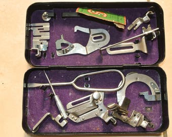 13 Singer Vintage Sewing Machine  Box with accessories
