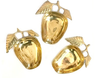Brass Apple Dishes, Three Brass Apple Dish Set, Vintage Brass Apples, Brass Apple Trinket Dishes, 3 Brass Apples, Brass Teacher Apples