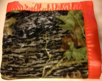 Mossy Oak Break Up Camo Double-Sided fleece Blanket