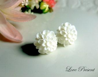Grand White Pompon Daisy Flower Earrings Stud (Custom Made) - Offer different earring post