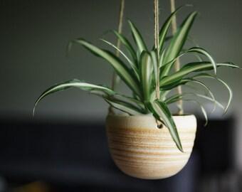 CERAMIC HANGING PLANTER// Mother's Day gift - succulent planter - ceramic planter - modern hanging planter - hostess gift - cream
