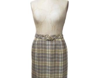 vintage 1960's plaid pencil skirt / Majestic / wool / belted skirt / plaid skirt / women's vintage skirt / size medium