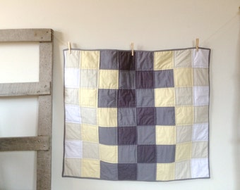Baby Quilt | Modern Baby Quilt | Ombre Muted Grey Yellow Patchwork | Crib Quilt | Gradient Quilt | Gender Neutral Baby