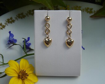 Earrings with gold 585 (14 K) with sweet hearts!