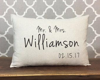 Mr & Mrs Personalized Wedding Pillow, Anniversary Gift, Wedding Gift, Custom Date Pillow, Personalized Gift, Personalized Anniversary Pillow